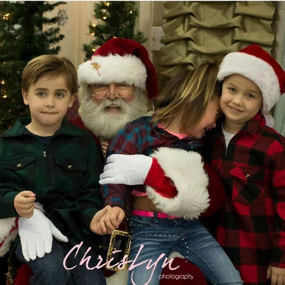 Ah, Santa Claus - the glorious bearded man in the big red suit who fulfills our kiddos holiday dreams and wishes.  Also doubling as, apparently, the scariest man alive. Grab a glass of eggnog, sit back and feast your eyes on these Santa pics gone wrong - or as I call them...realistic Santa pics. (Image: Lindsay Schnarr)<p></p>