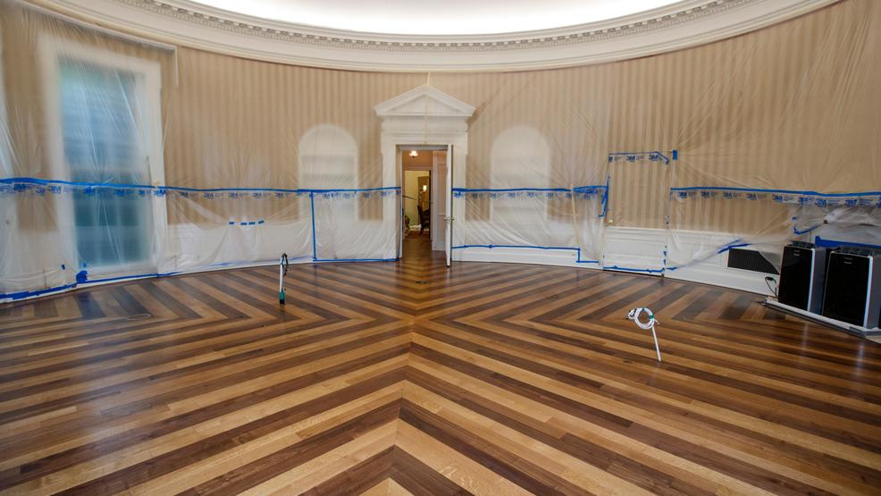 oval office white house.  Office The Hardwood Floor Of The Oval Office Is Resurfaced As West Wing White  House In Washington Undergoes Renovations While President Donald Trump  Throughout