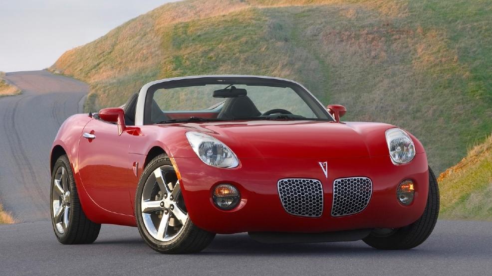 gm recalls older sports cars to fix air bag sensor problem kbak. Black Bedroom Furniture Sets. Home Design Ideas