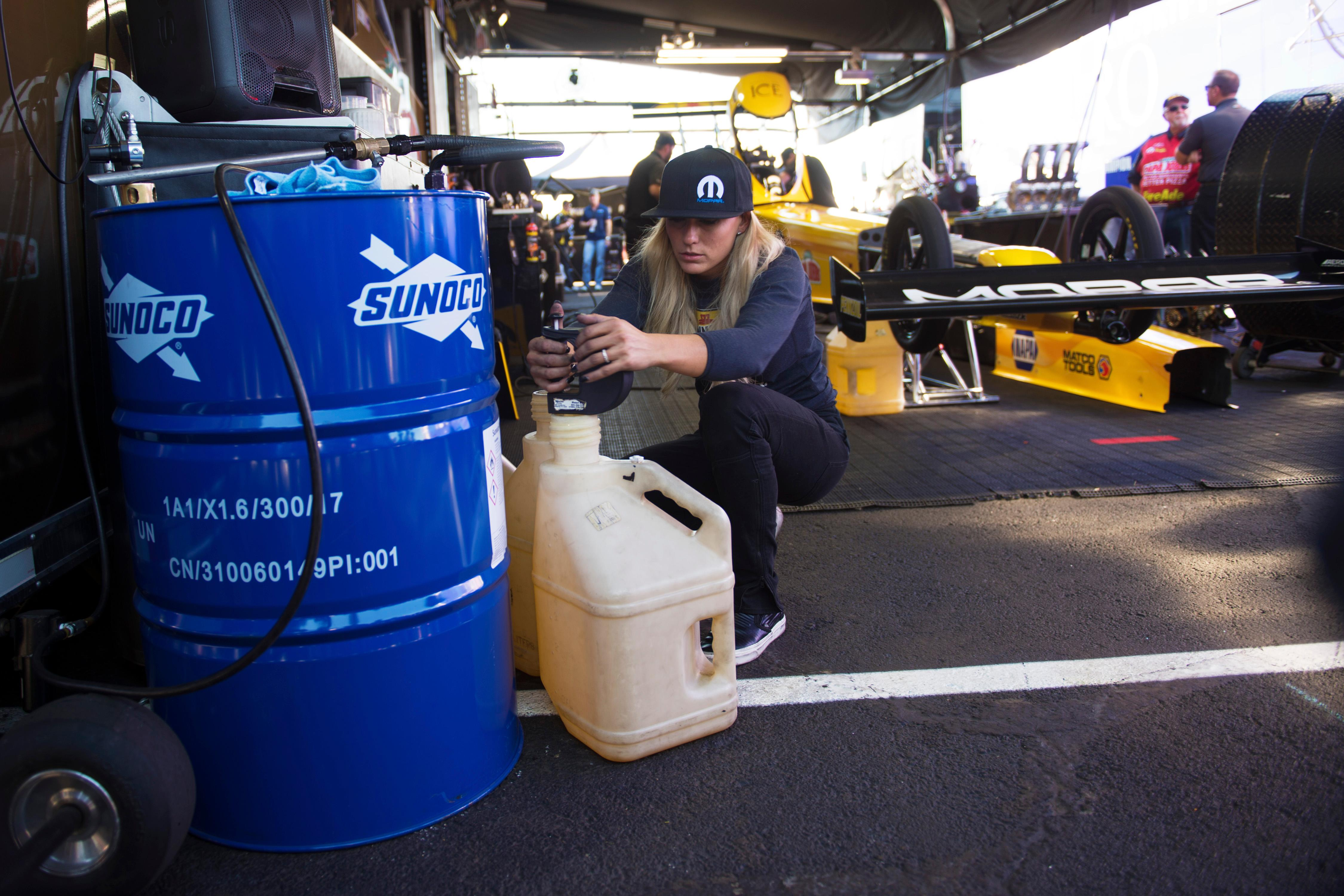 Top Fuel driver Leah Pritchett blends her fuel between heats during the NHRA Toyota Nationals Sunday, October 29, 2017, at The Strip at the Las Vegas Motor Speedway. CREDIT: Sam Morris/Las Vegas News Bureau