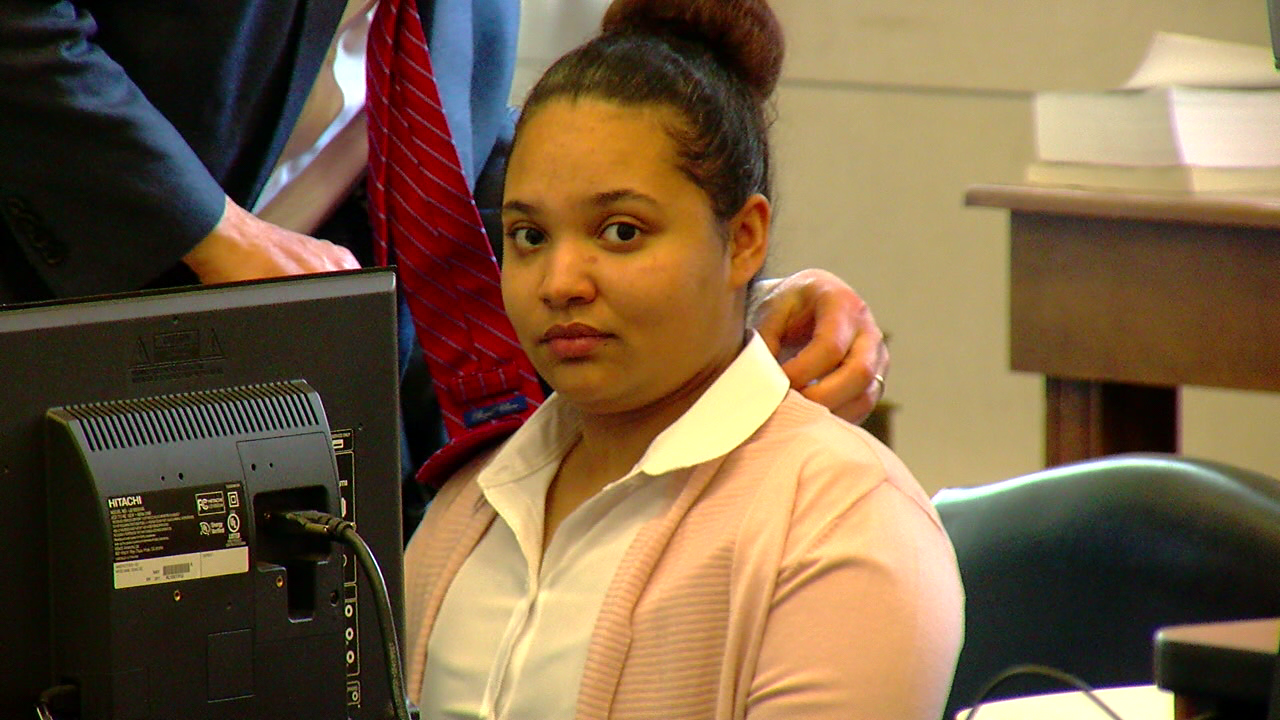 Woman on trial for a hit-and-run that left a young woman dead after a fight (WKRC)<p></p>