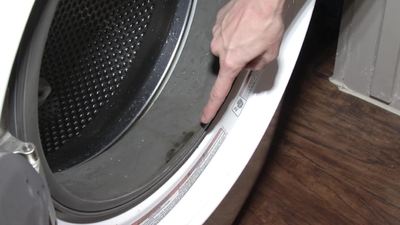 Owners of front-loading washing machines might encounter mold growing in their machines. (Photos: CBS Austin)png