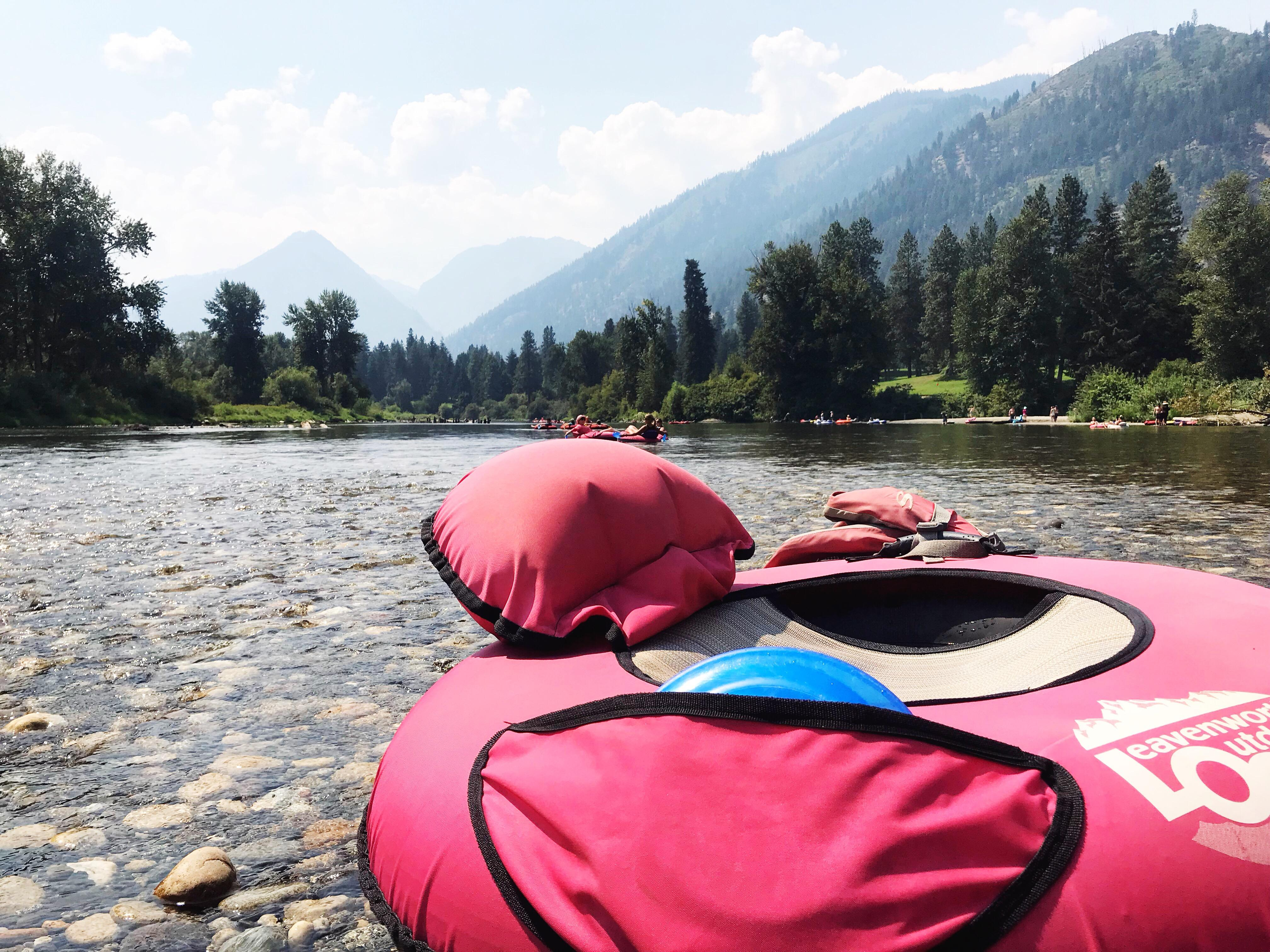 The Wenatchee River lies at the foothills of the Cascades with gorgeous scenery all around. Tubing is best suited for those looking for a relaxing time, families and kids (furry and otherwise). (Image: Rebecca Mongrain/Seattle Refined){ }