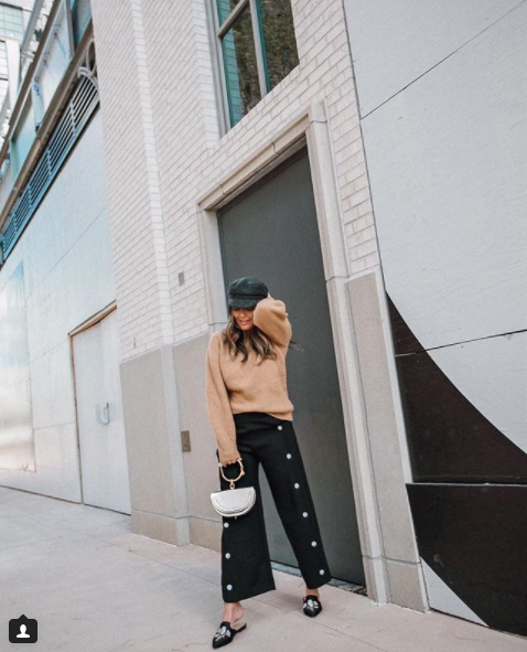 Sara is a really great example of mixing high and low pieces, as she is seen here donning a $1,500 bag and $35 Target shoes, that look a lot more high end! (Image: Courtesy IG user @stylemba/ www.instagram.com/stylemba/)<p></p>