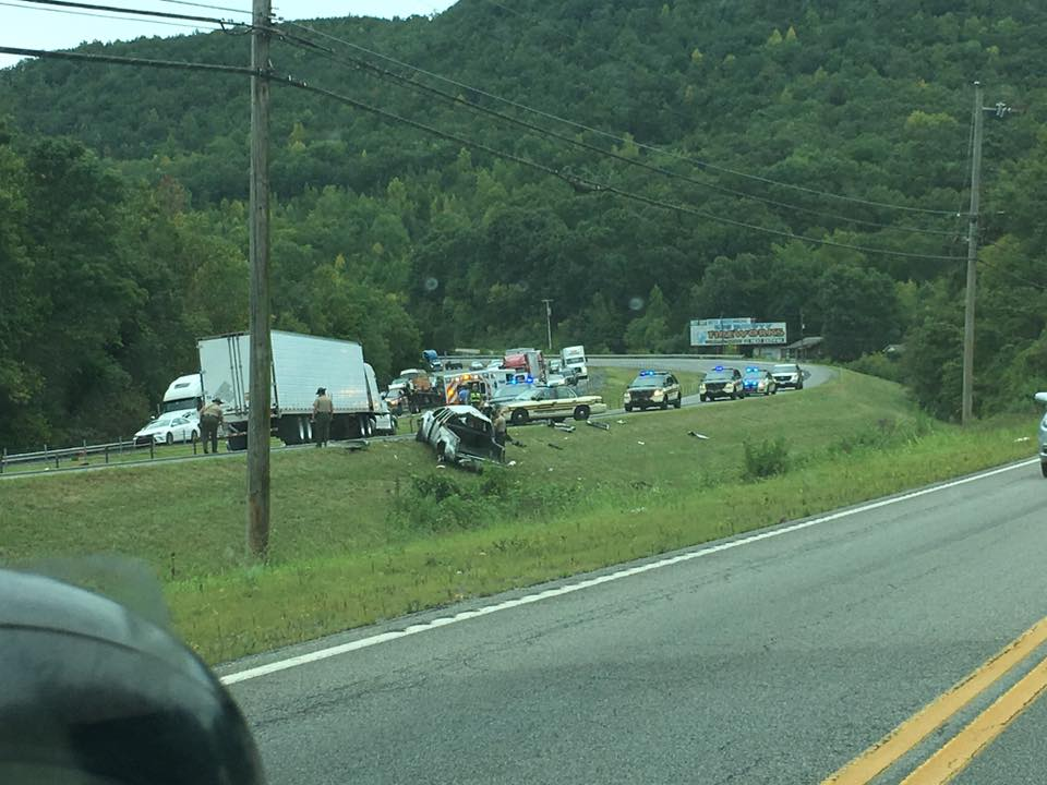 The accident involving a commercial vehicle and another smaller vehicle happened just before Nickajack Lake. (Image: Mark McAllister)