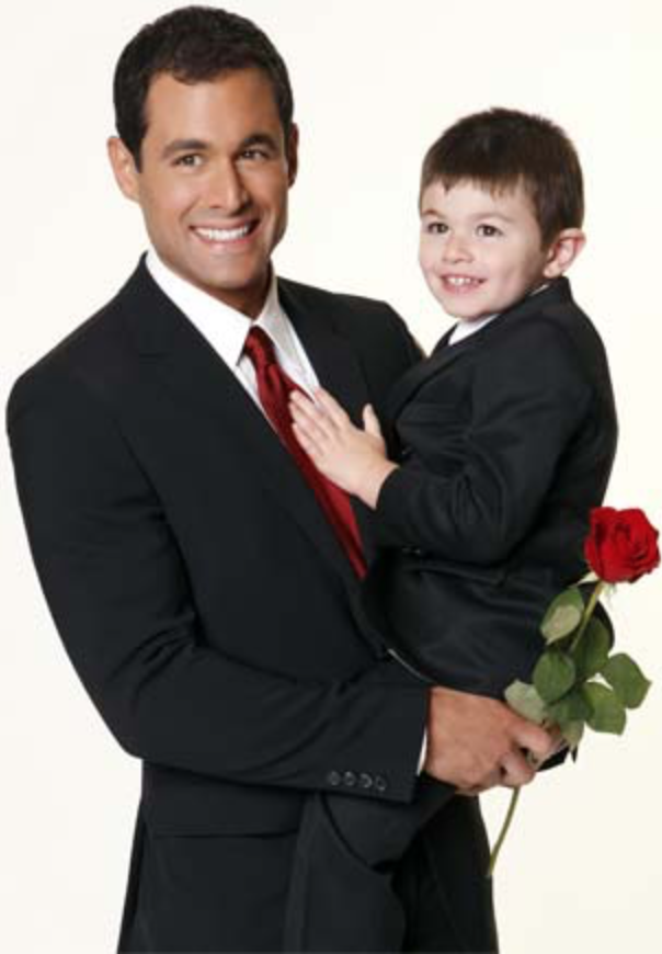 Jason and son Ty from 'The Bachelor'. (Image : ABC)