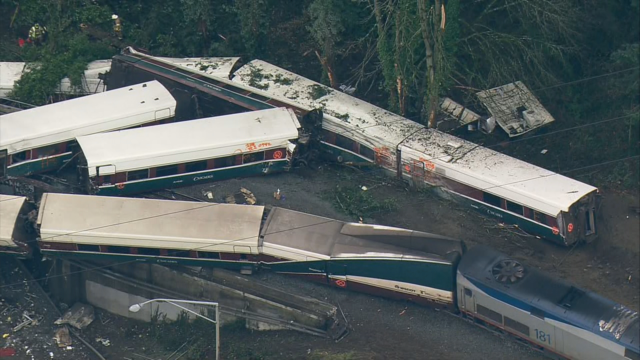 Three people were killed and dozens were hurt when Amtrak train 501 derailed near Dupont, Wash. Dec. 18, 2018. (Photo: KOMO News/Air 4)
