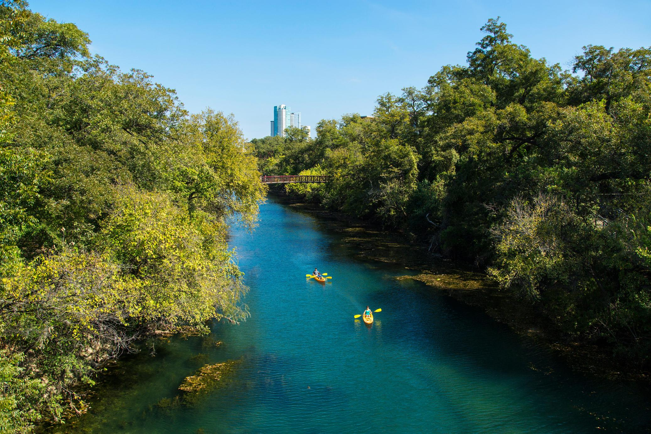 You can kayak or SUP pretty much anywhere on Lady Bird Lake. (Image: Austin Convention & Visitors Bureau)