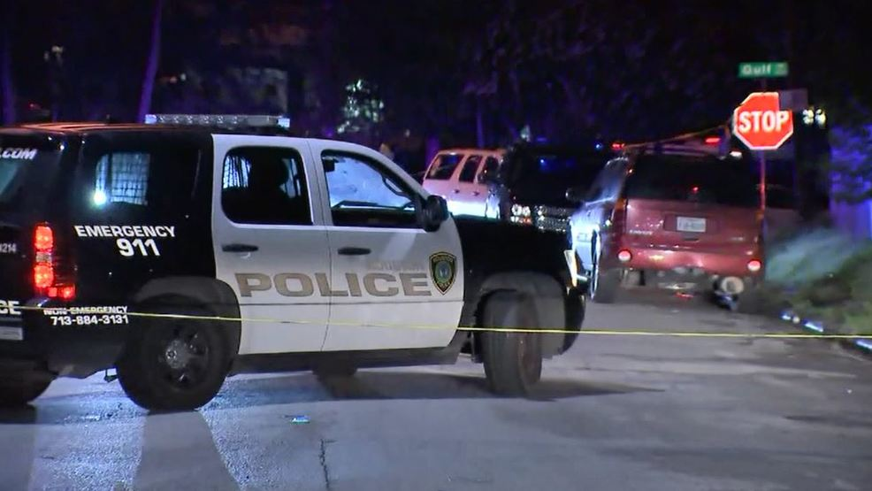 Houston Officer Nearly Shot While Sitting In Car During
