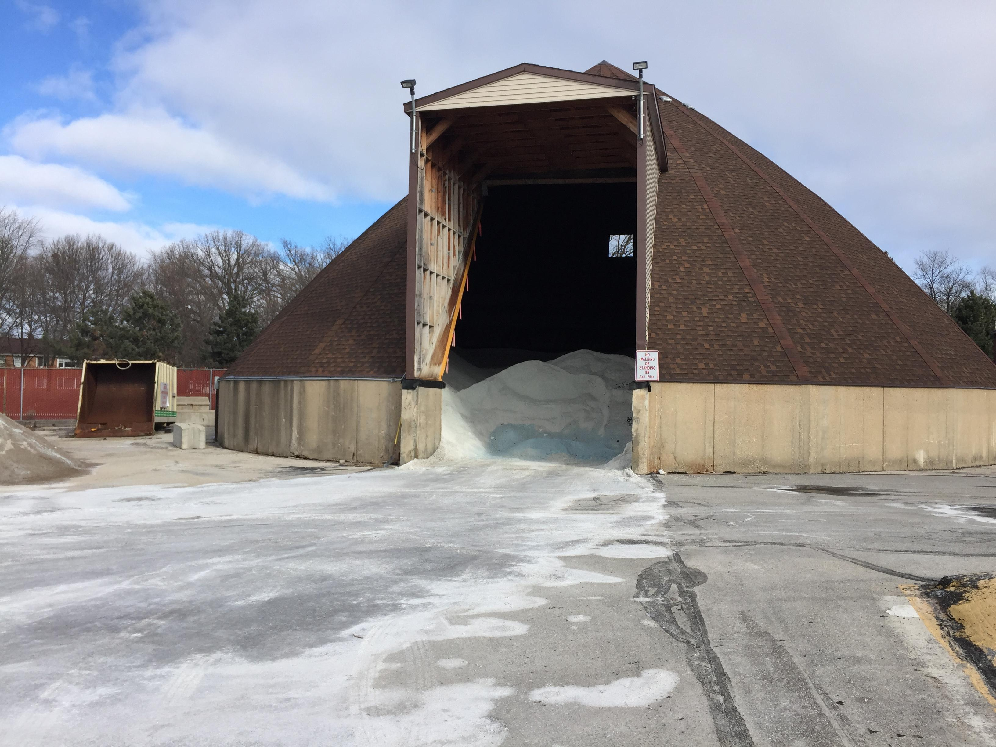 Green Bay Public Works Department salt barn, January 29, 2018 (WLUK/Eric Peterson)
