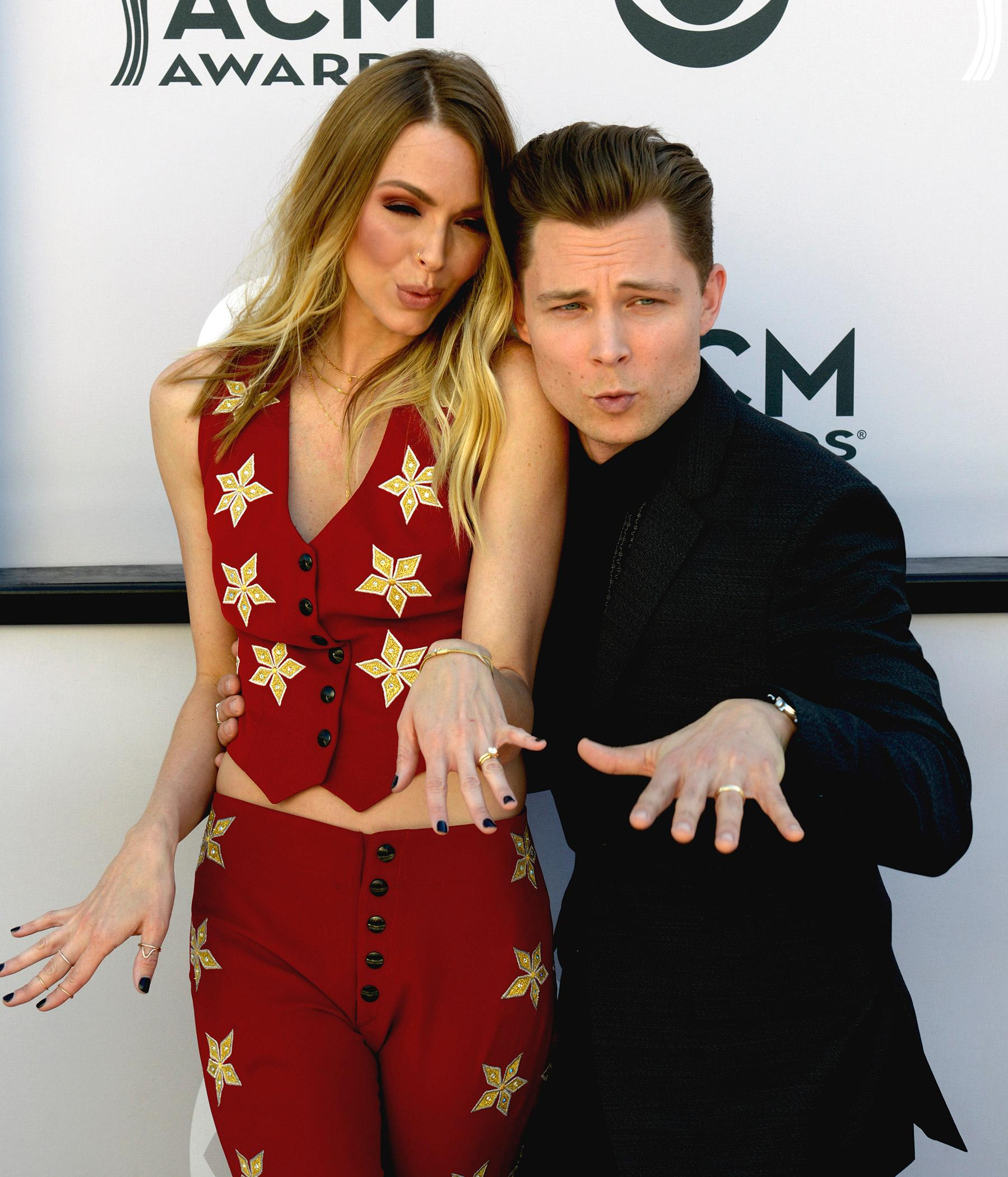 Newly weds singer Frankie Ballard and wife Christina Murphy show their wedding rings off as they walk the Academy of Country Music Awards red carpet at T-Mobile Arena. Sunday, April 2, 2017. (Glenn Pinkerton/ Las Vegas News Bureau)