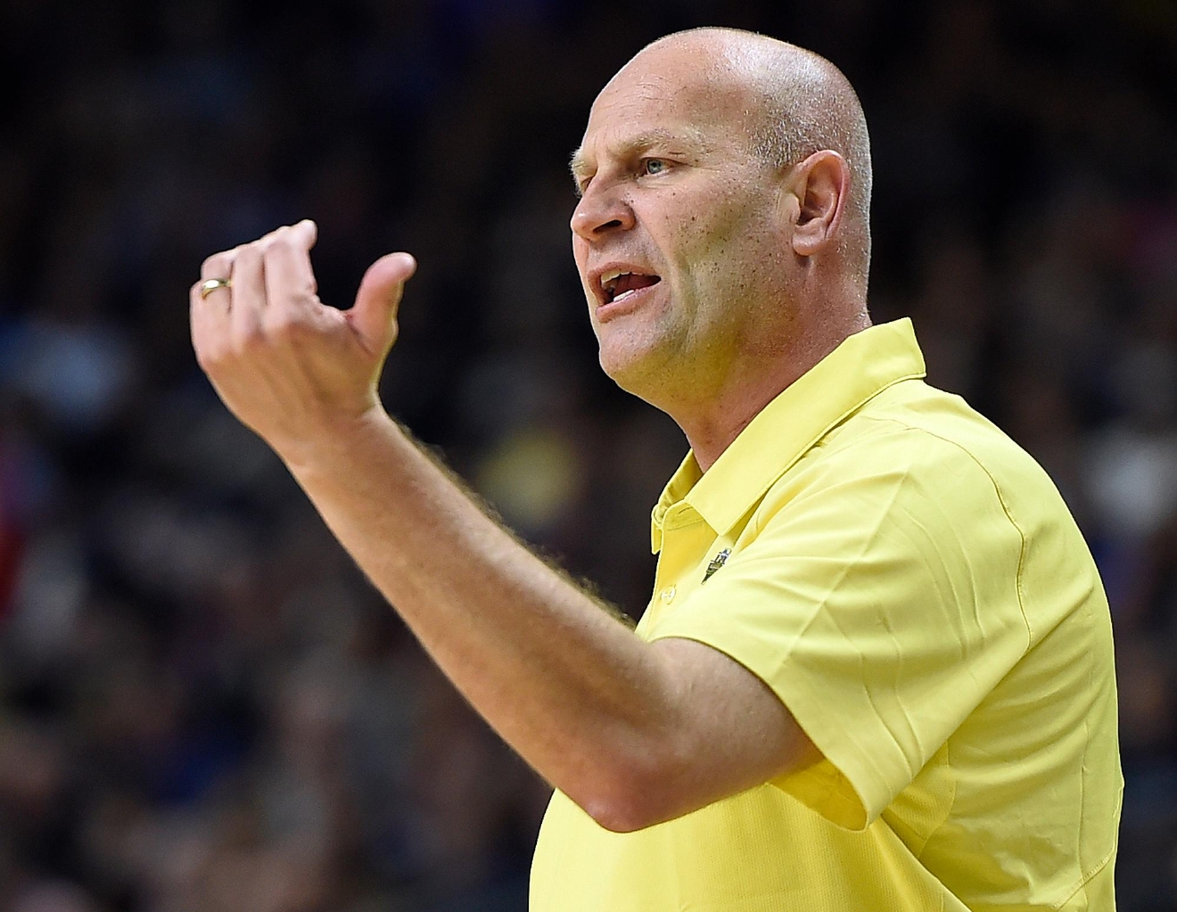 Oregon head coach Kelly Graves gives his team instructions during the first half of a regional final game between Oregon and Connecticut in the NCAA women's college basketball tournament, Monday, March 27, 2017, in Bridgeport, Conn. (AP Photo/Jessica Hill)