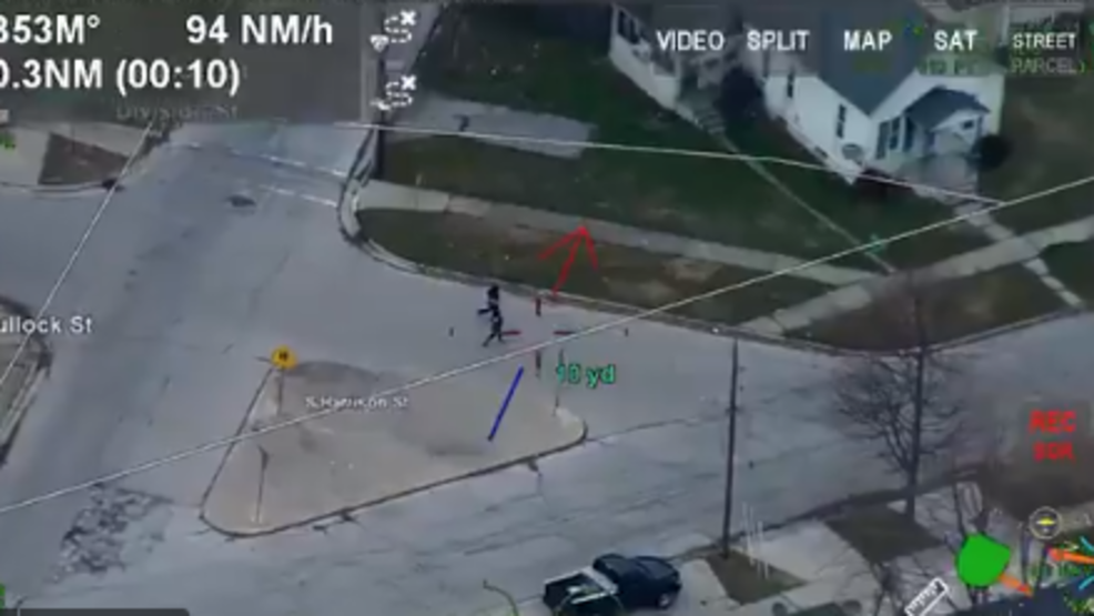 Trooper 3 tracks suspects.PNG