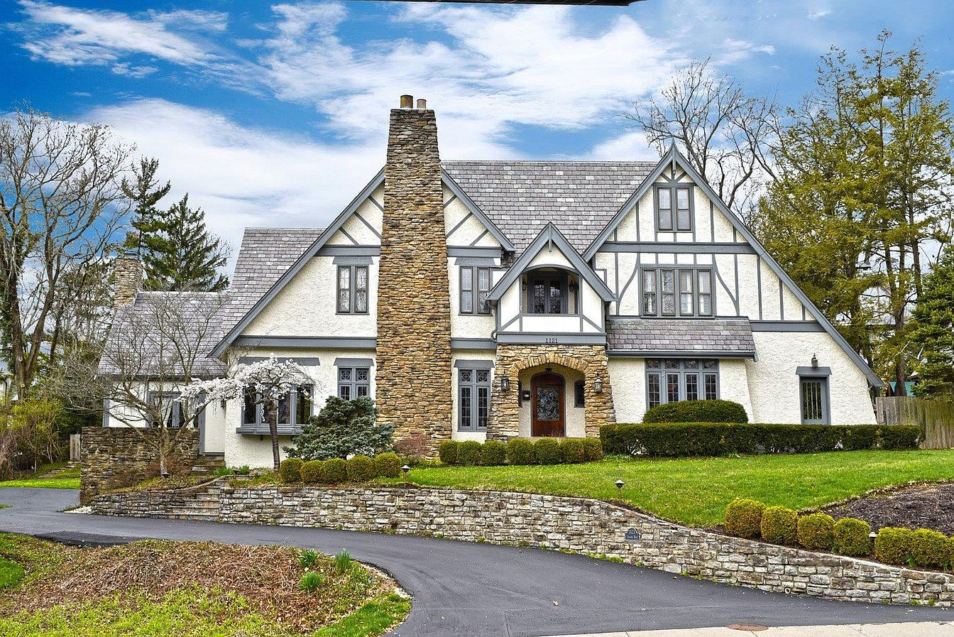 <p>1121 Edwards Road in Hyde Park -  $1,249,000 / A Hyde Park Tudor? Yes, please. Five bedrooms, five bathrooms, a huge master suite, and a screened-in porch make up a large part of this 5,943-square-foot home. It's also notable for all the lovely architectural details found throughout each room. The place was built in 1931 and looks as elegant as ever 89 years later. / Our favorite feature: Mesa Loca opened in Hyde Park Square recently, so the fact that this is just a couple of blocks away means we can get there lickety-split. / Image:{&nbsp;}Kathy Kelley // Published: 1.9.20</p>