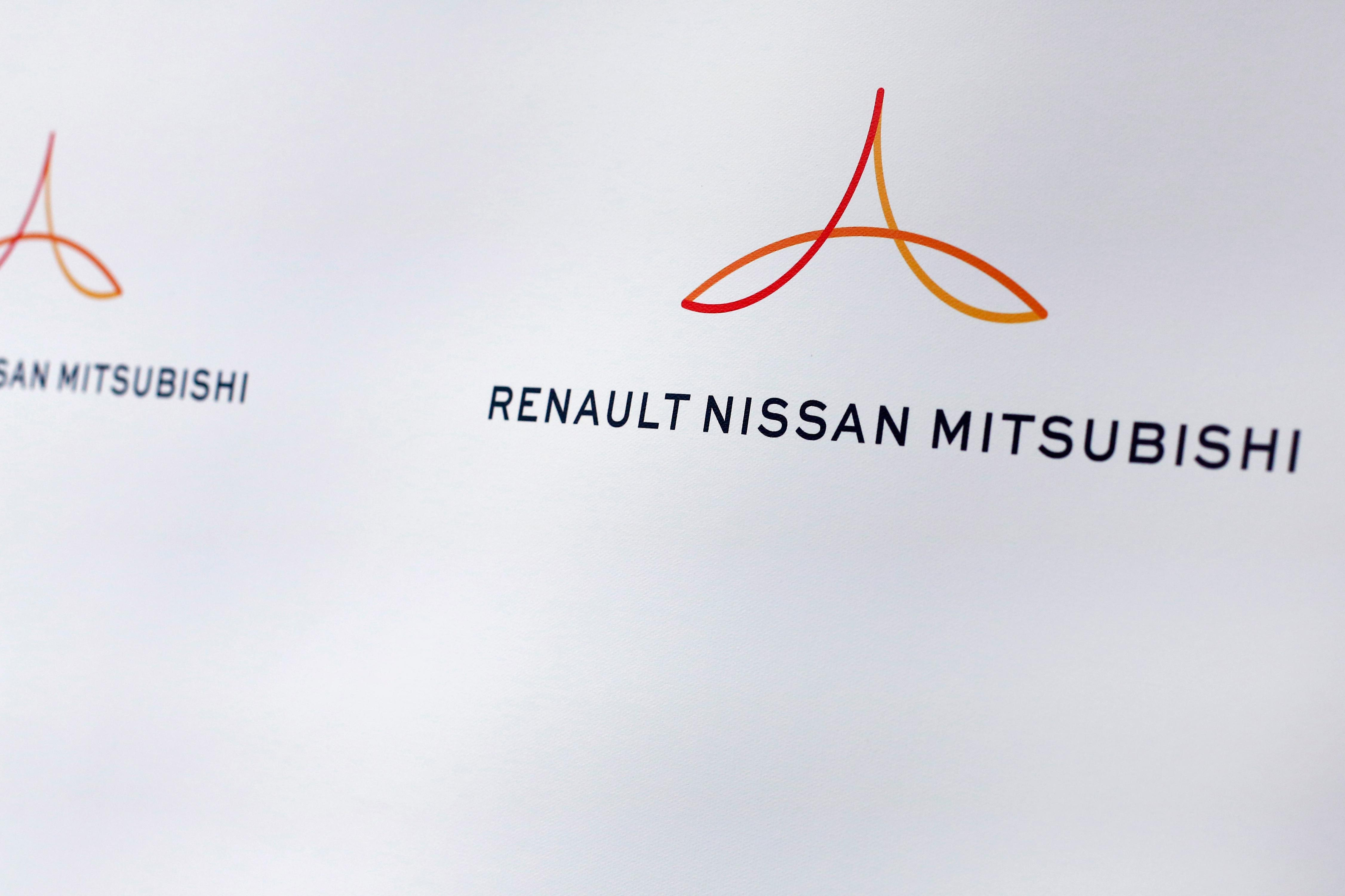 Renault-Nissan-Mitsubishi bets on spike in electric cars | WHAMCw