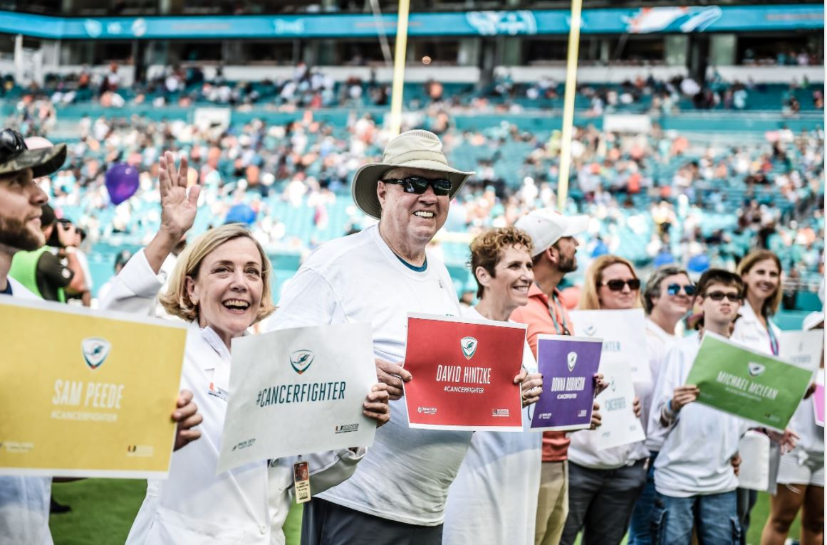DCC presents NFL's largest gift to Sylvester Comprehensive Cancer Center. (Miami Dolphins){&amp;nbsp;}<p></p>