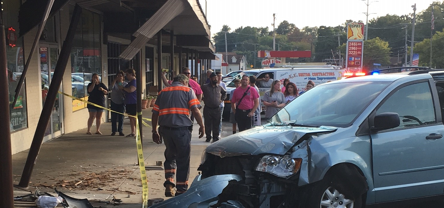 Car crashes into Italian restaurant in Linthicum (Courtesy: Craig Urban)