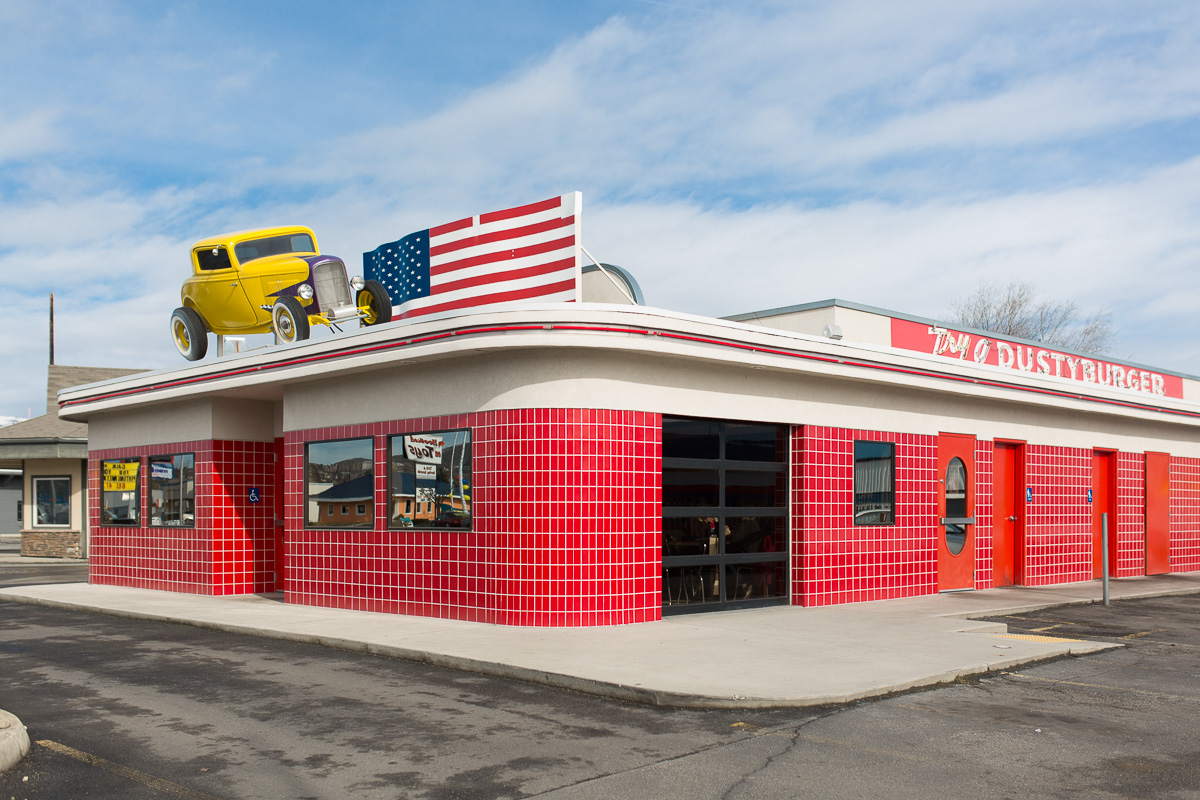Another cool drive-in (Image: Paola Thomas/Seattle Refined)
