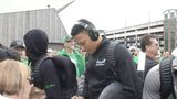 Marshall basketball team returns home, receives warm greeting
