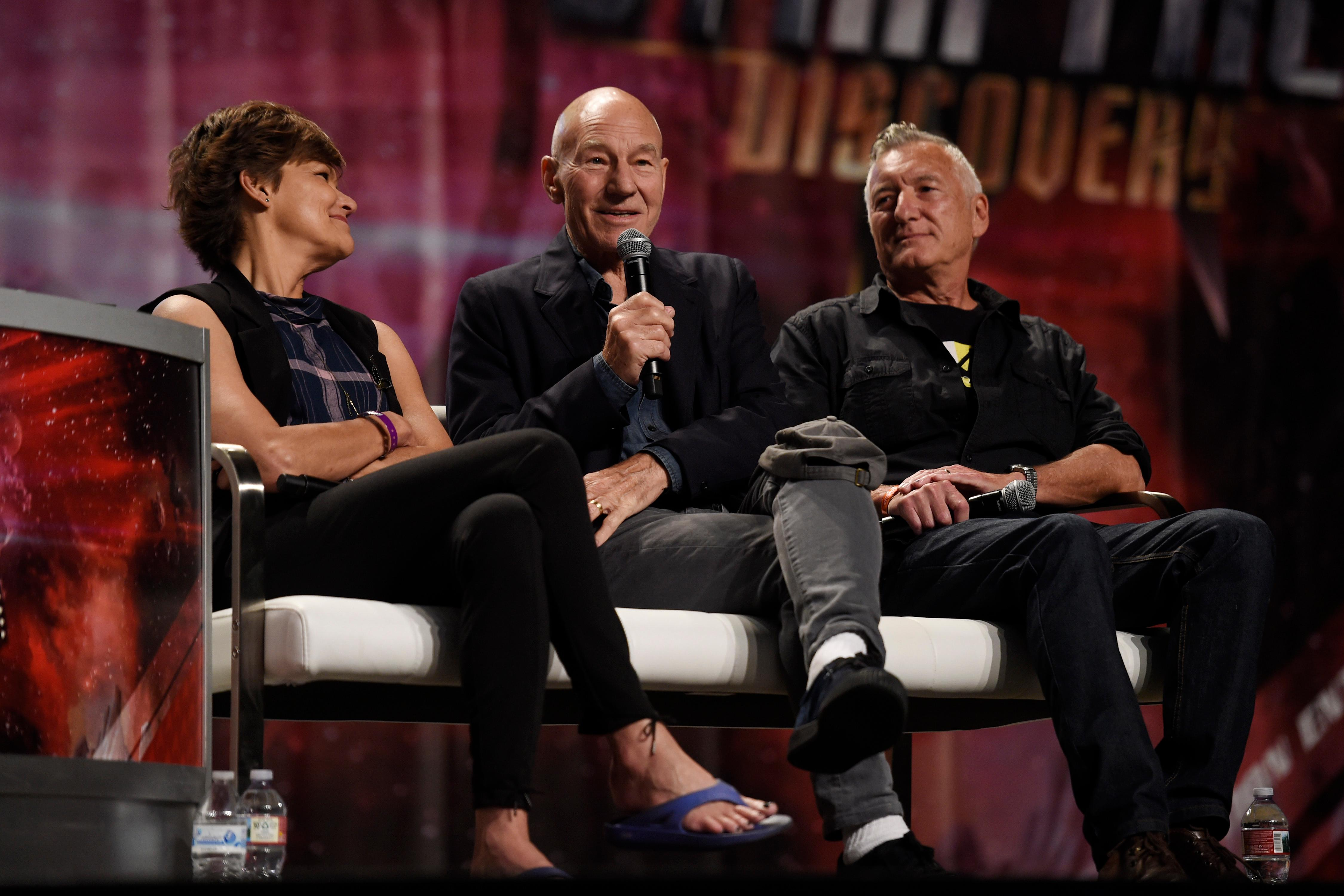 From left, Margot Rose, Sir Patrick Stewart and Morgan Gendel take part in a panel discussion during the 16th annual Las Vegas Star Trek Convention Saturday, August 5, 2017, at the Rio.  CREDIT: Sam Morris/Las Vegas News Bureau