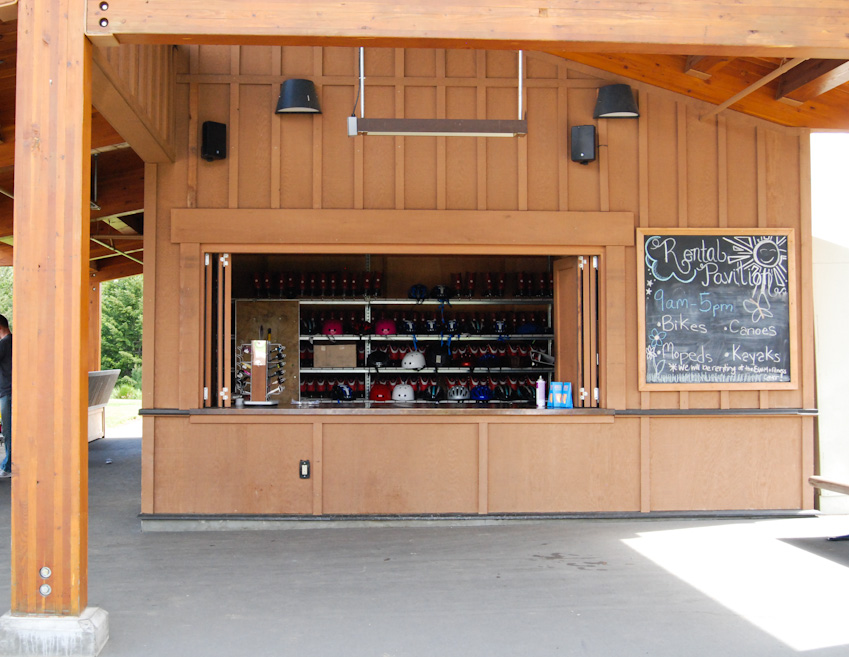 The Suncadia Resort features over 6,000 acres of forested mountain landscape with a wealth of year-round activities from hiking to biking, spa treatments, amazing restaurants, a winery, water slides, an indoor and outdoor pool along with 36 holes of golf all inside the 2.2 million acre Wenatchee Washington National Forest. (Image: Rebecca Mongrain / Seattle Refined)