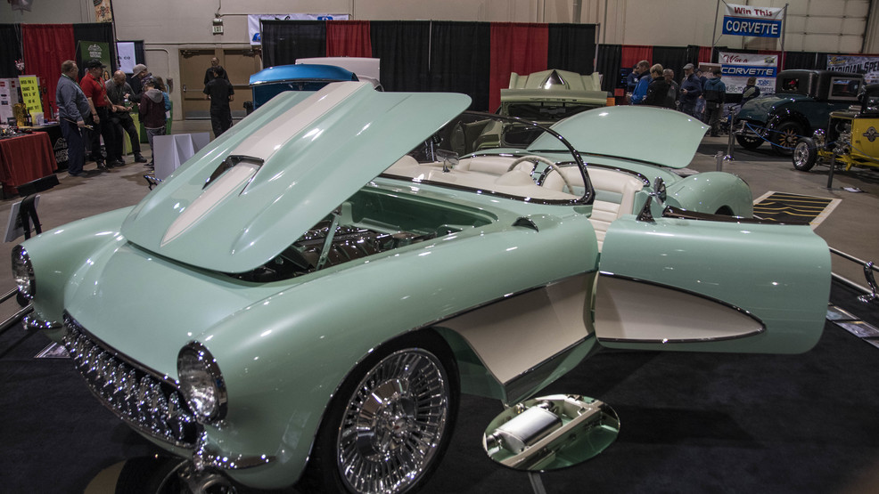 Spectacular cars at the Boise Roadster Show!