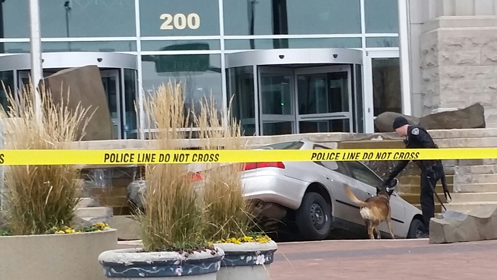 Police: Man upset with... Boise Courthouse Crash