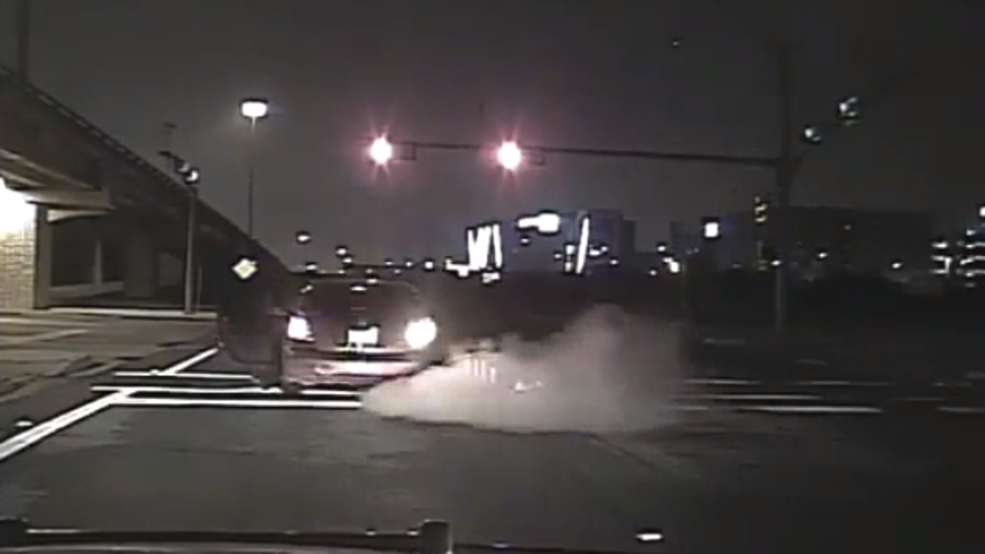 Texas deputy dragged by suspected drunk driver.png