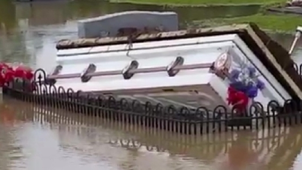 Caskets Rise From Sc Cemetery After Widespread Flooding Wtte