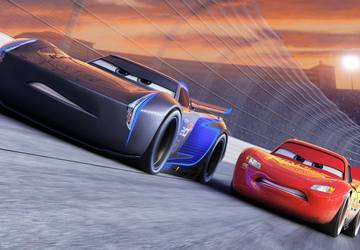 'Cars 3' is a formulaic return for Lightning McQueen