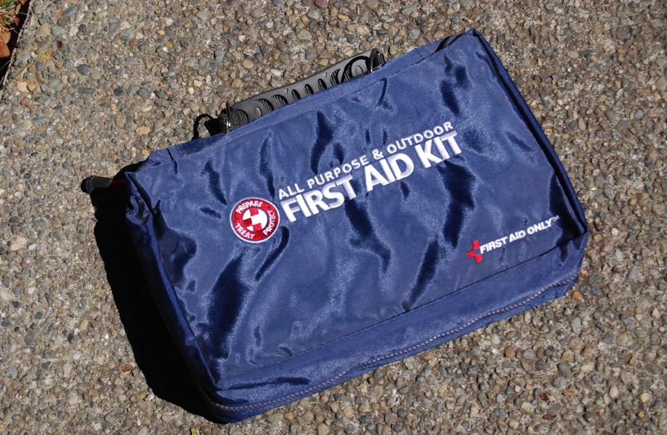 Be prepared with a 72-hour disaster emergency survival kit (Photo: KOMO)