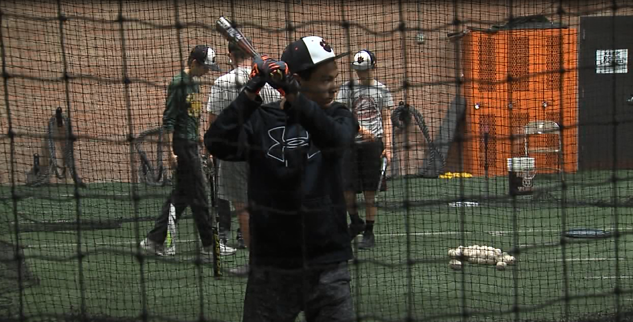 Hastings baseball takes some cuts two days before their first game of the 2017 season (NTV News)