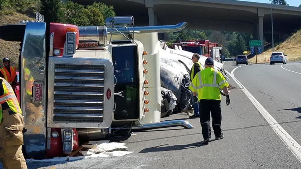 TRAFFIC: Semi truck turnover on I-5 interchange   KTVL