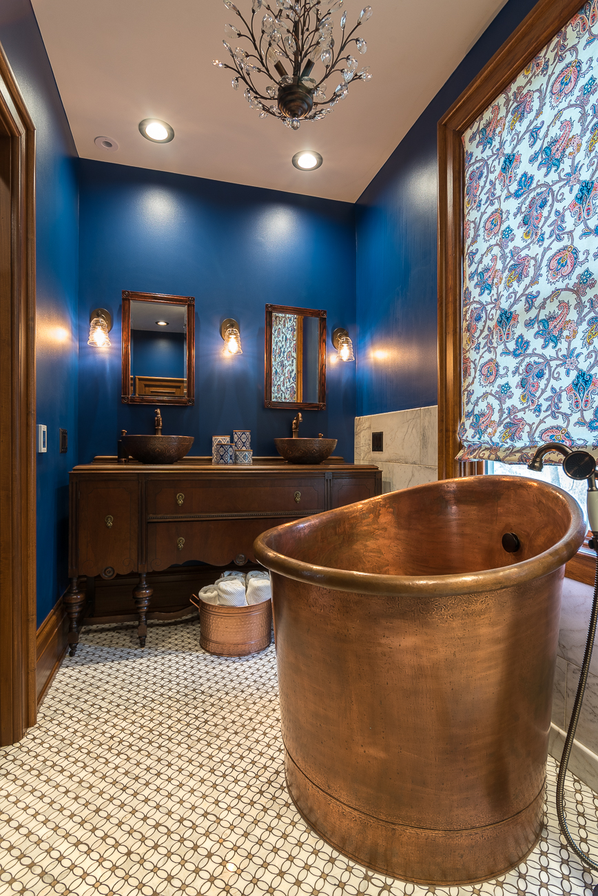 Master bathroom with Japanese soaking tub / Image: Phil Armstrong, Cincinnati Refined // Published: 1.30.19