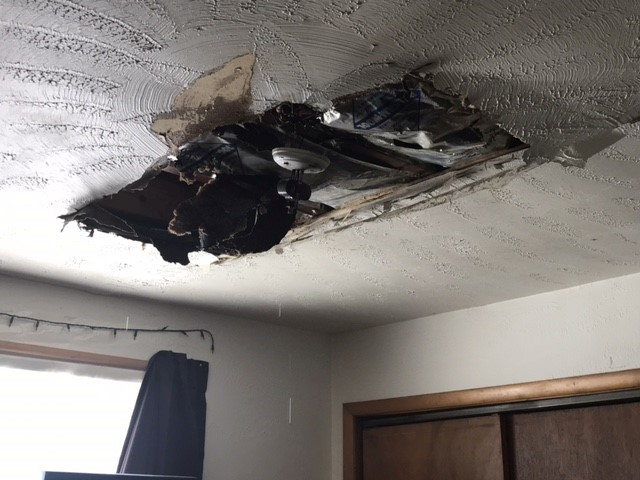 Damage to ceiling in apartment. (NTV/Ifesinachi Egbosimba)