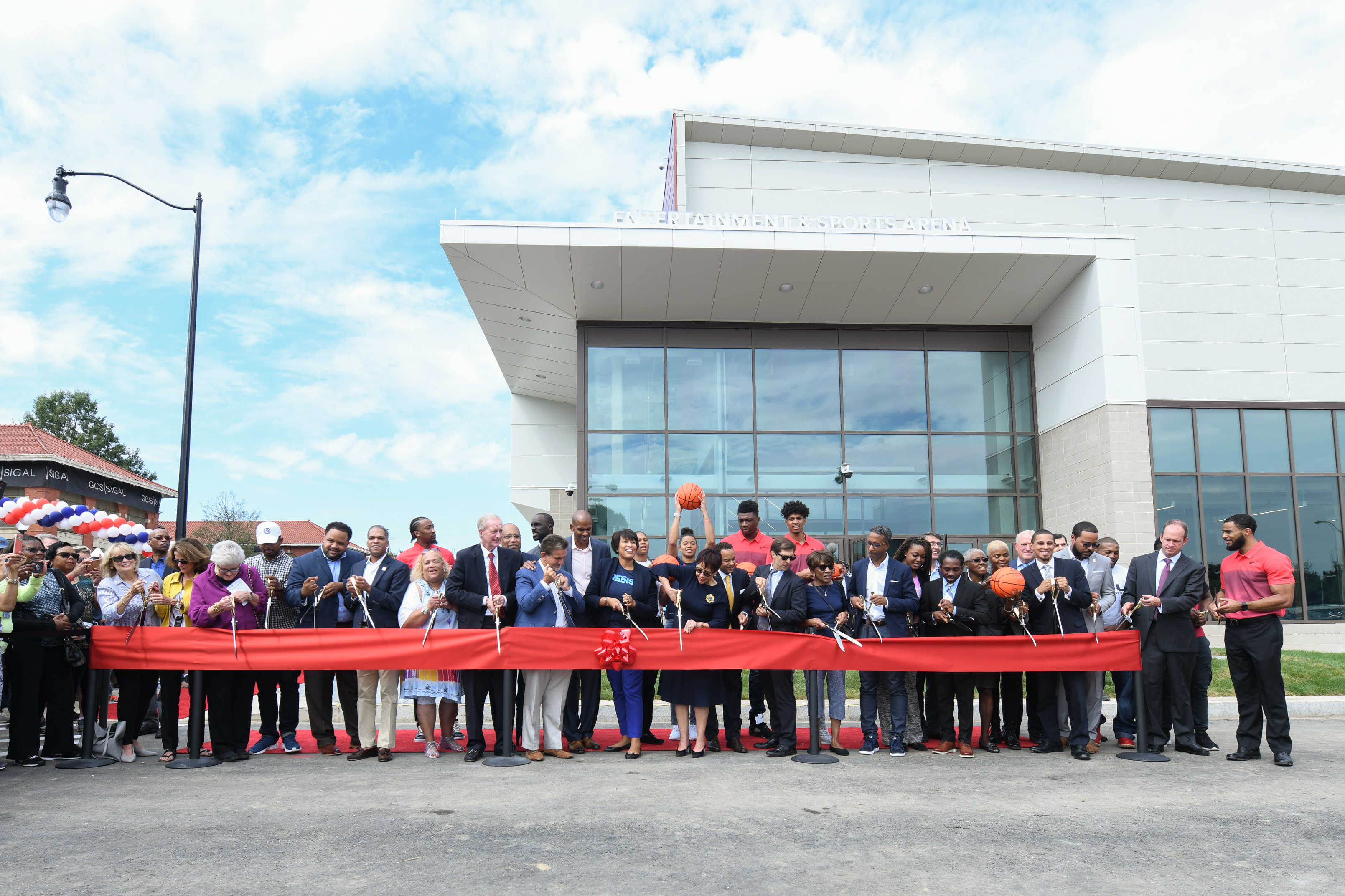 The ribbon cutting on September 22 marked the official opening of ESA. (Image: Courtesy Events DC)