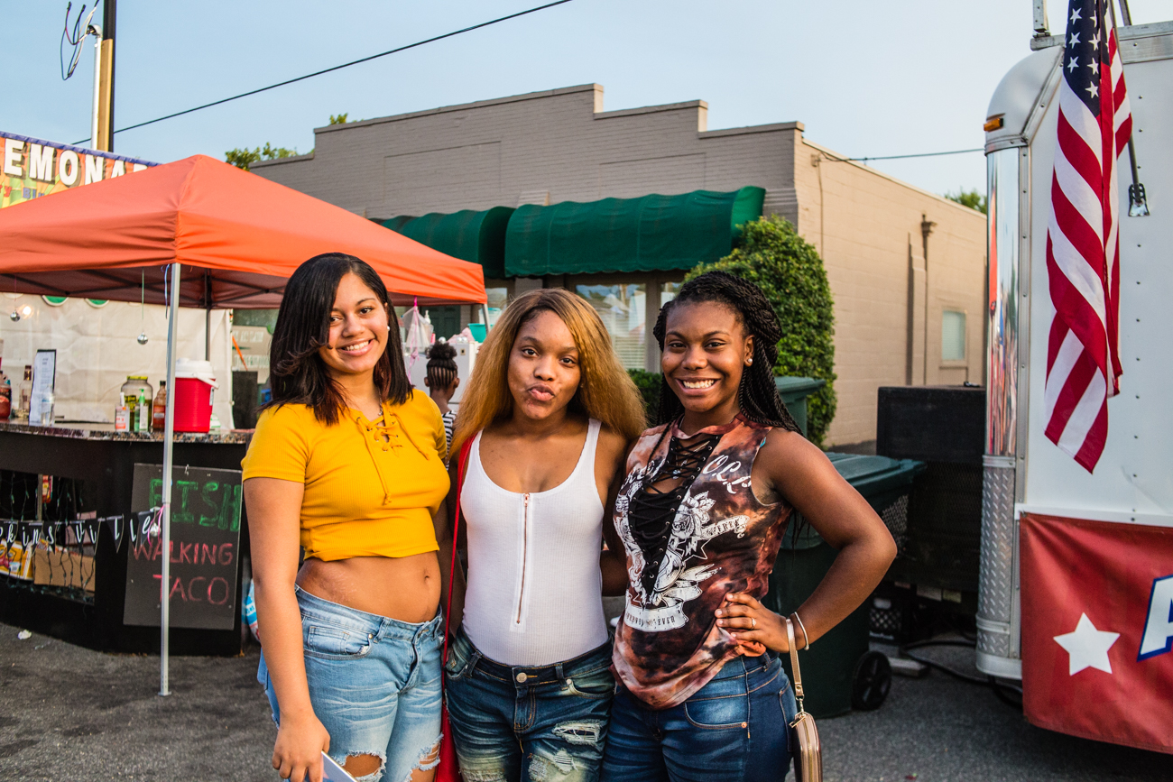 Ziahcerria Hearet, Aliesha Daniel, and Takeiyah Wilson / Image: Catherine Viox // Published: 8.22.17