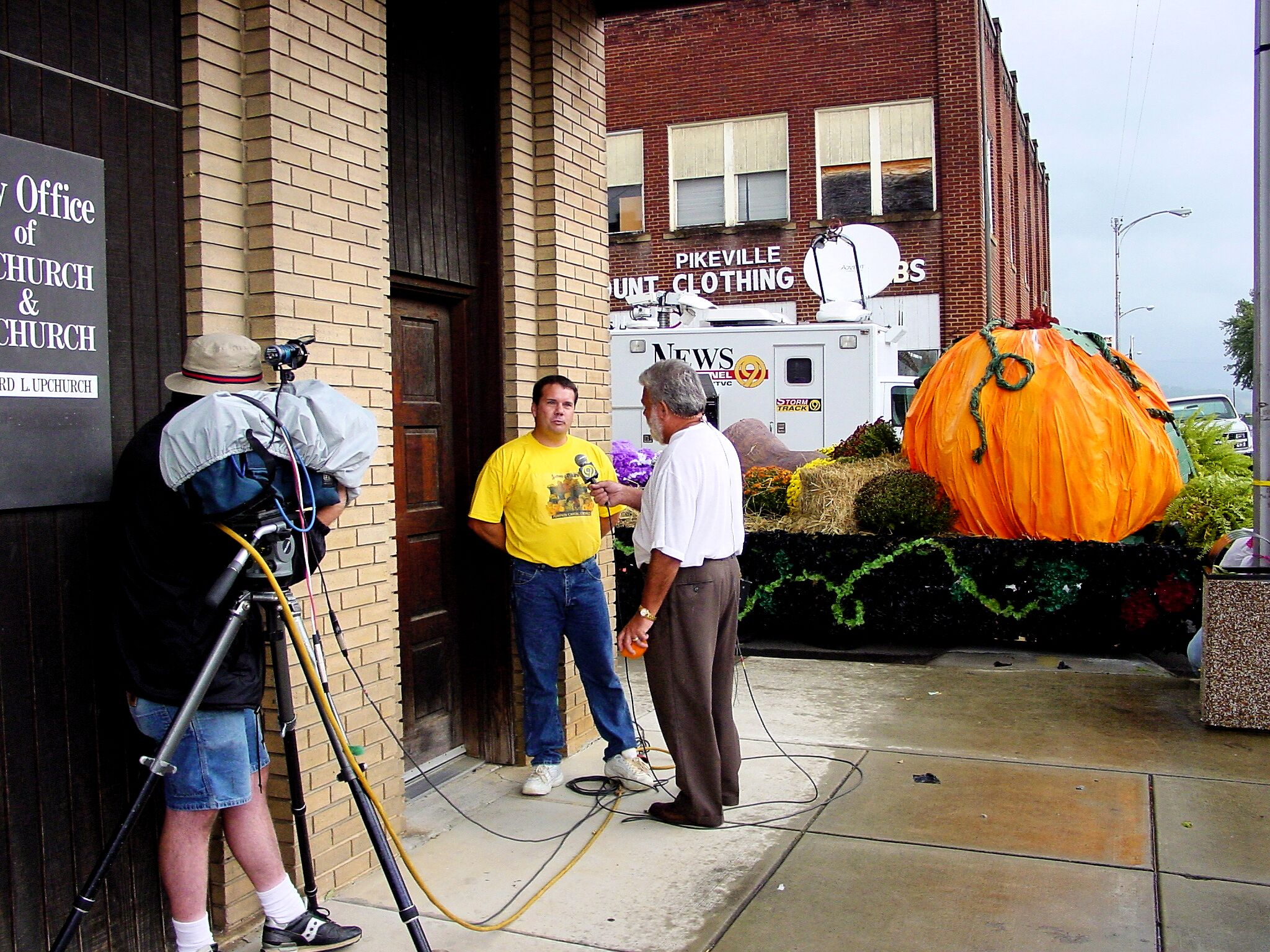Live interview in Pikeville near Halloween-time. (Image via John Creel)