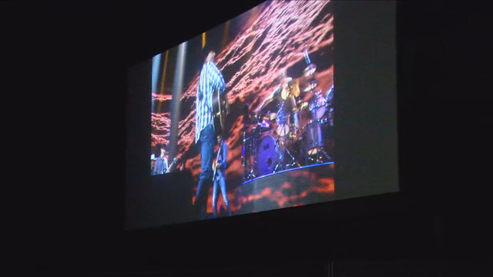 Garth Brooks live performance performs at drive-in theaters throughout the nation, together with Starlite - WKRC TV Cincinnati thumbnail