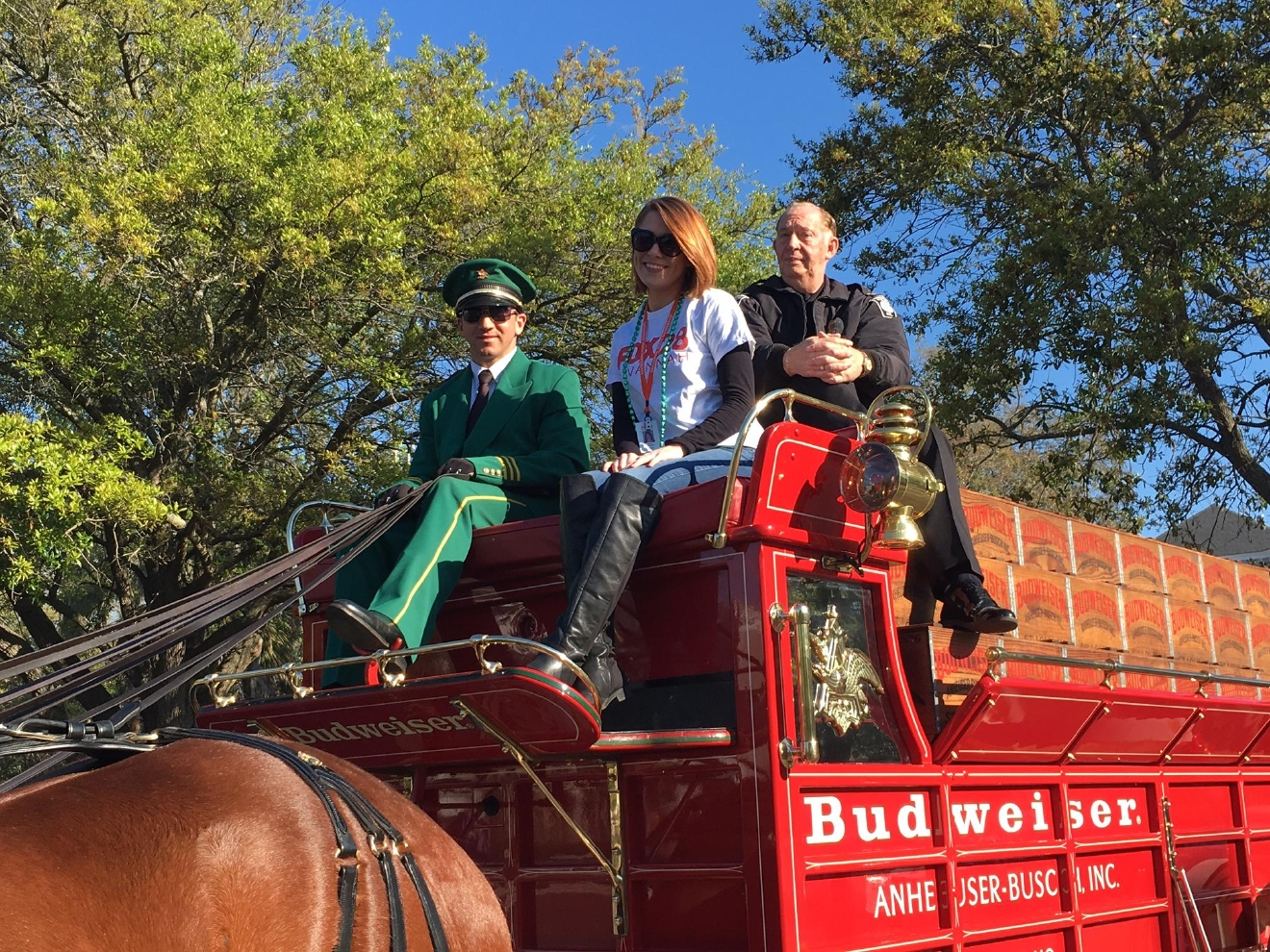 Erin Thomas hitched a ride with the Budweiser Clydesdales (Credit: Ian Dembling)