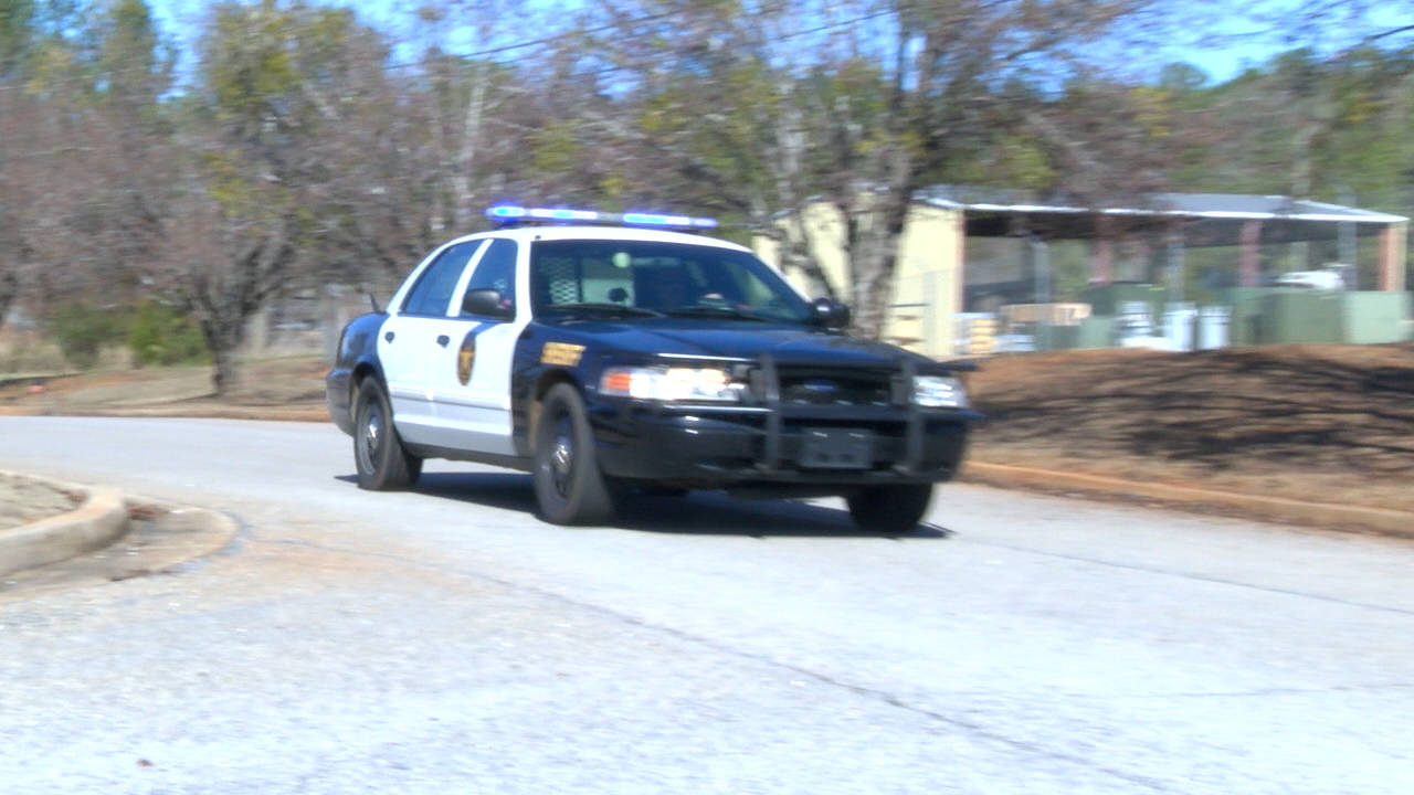 A shortage of law enforcement officers in the state is causing some local police departments and sheriff's offices to sugger / Eric Mock (WGXA)