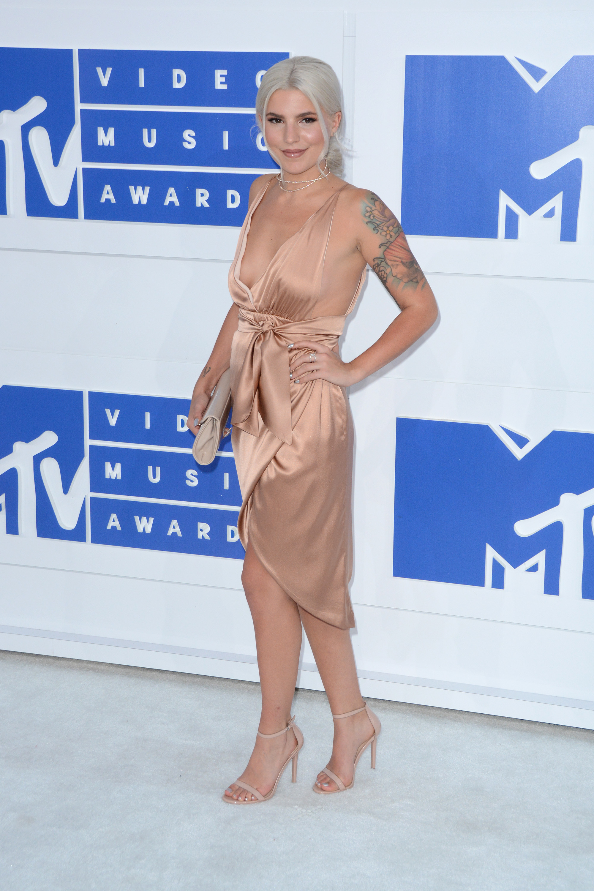 2016 MTV Video Music Awards - Red Carpet Arrivals                                    Featuring: Carly Aquilino                  Where: New York, New York, United States                  When: 29 Aug 2016                  Credit: Ivan Nikolov/WENN.com