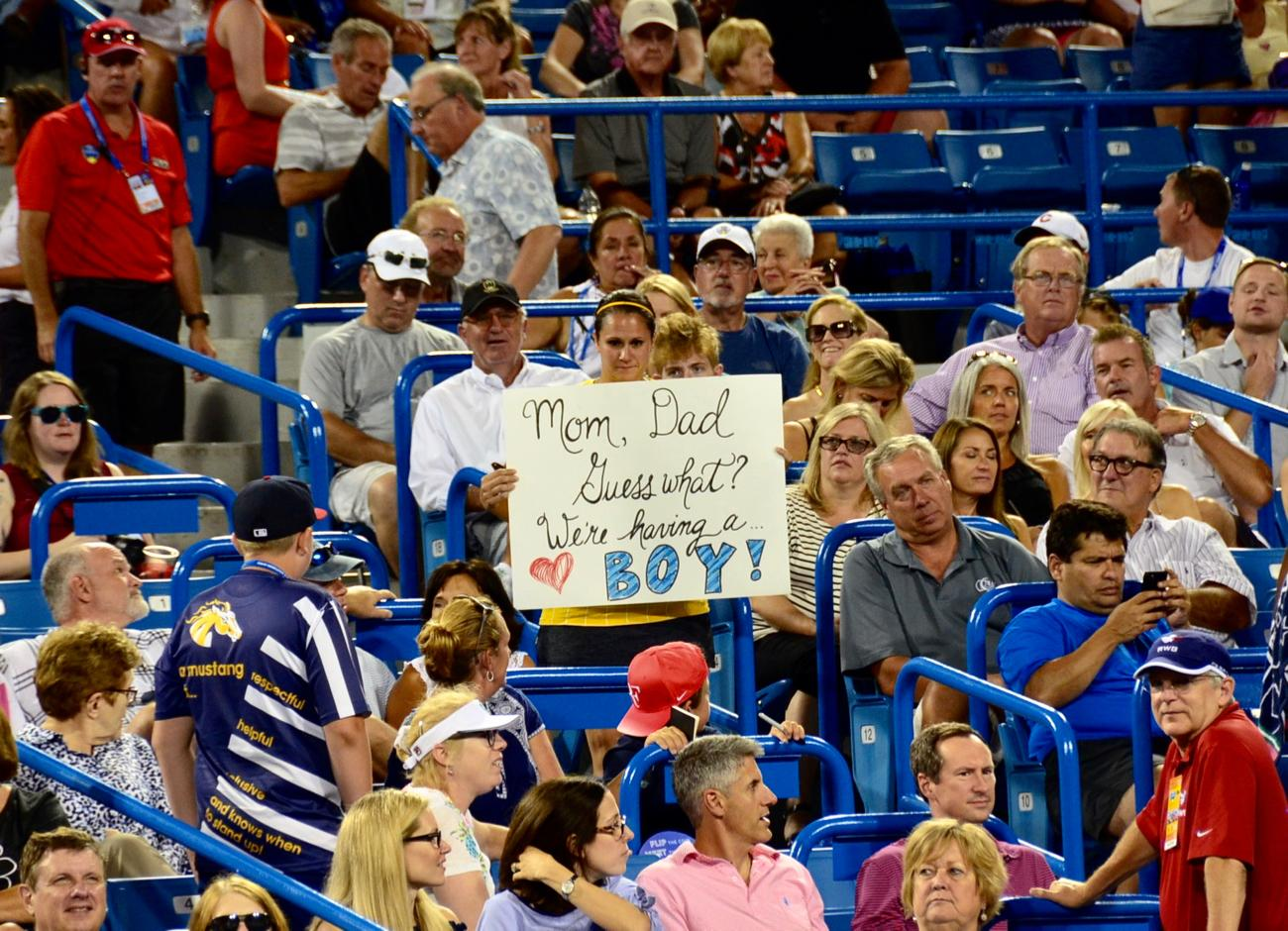 Congrats to the mamma to be! Also, not your typical sports sign… / Image: Leah Zipperstein, Cincinnati Refined // Published: 8.21.17