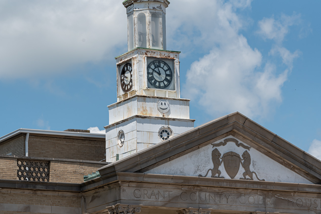 Grant County Courthouse located off of US 25 in Williamstown, KY / Image: Mike Menke{ }// Published: 8.25.20