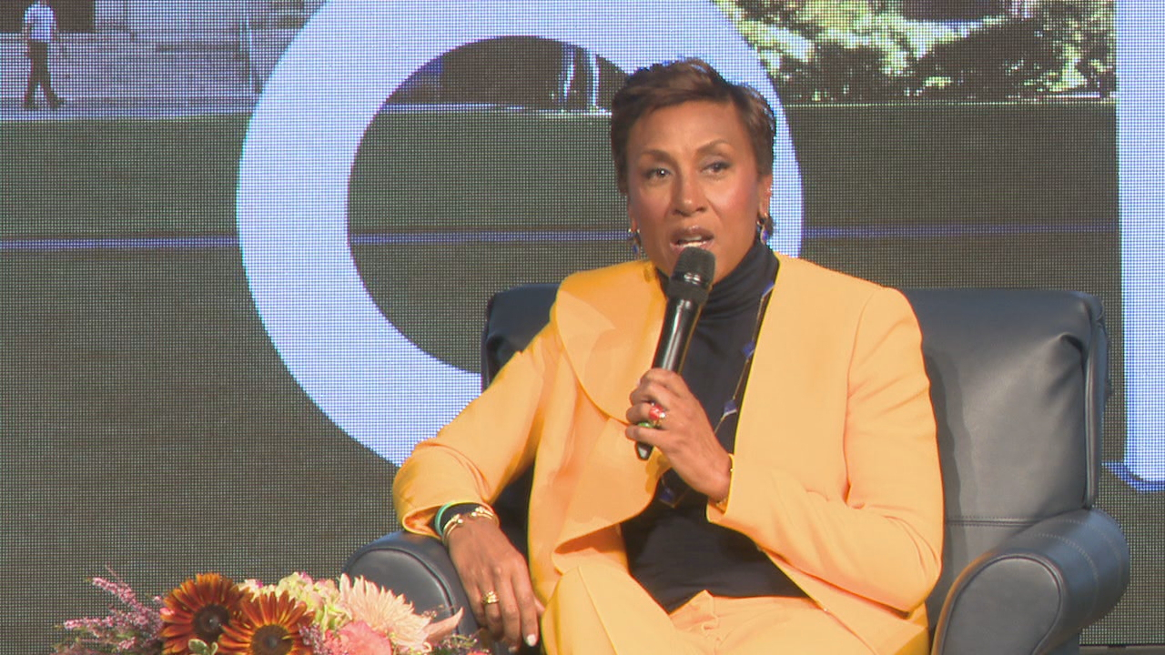 GMA's Robin Roberts shared a number of stories, including the challenge of fighting cancer twice in five years, at the University of Rochester Saturday.