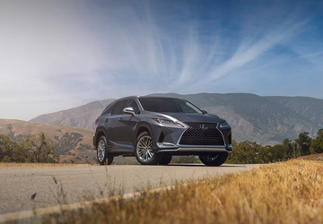 2020 Lexus RX gets a nip, a tuck and a touchscreen