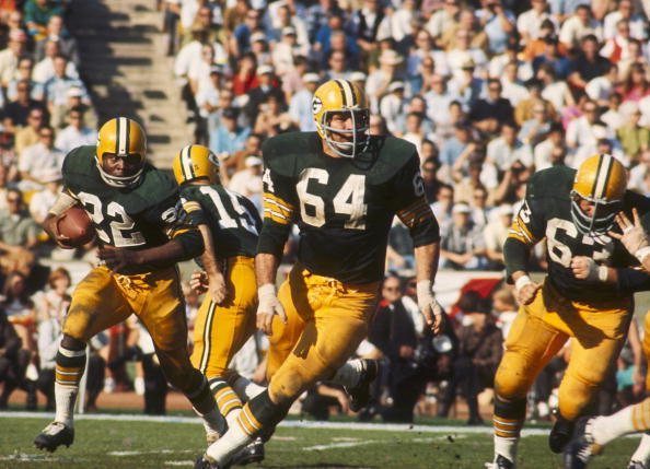 Kramer (#64) won three NFL championships and two Super Bowls with the Packers.