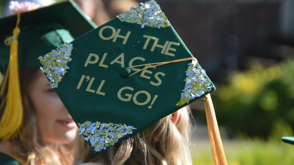 Oregon Graduates Decorate Mortar Boards For Commencement