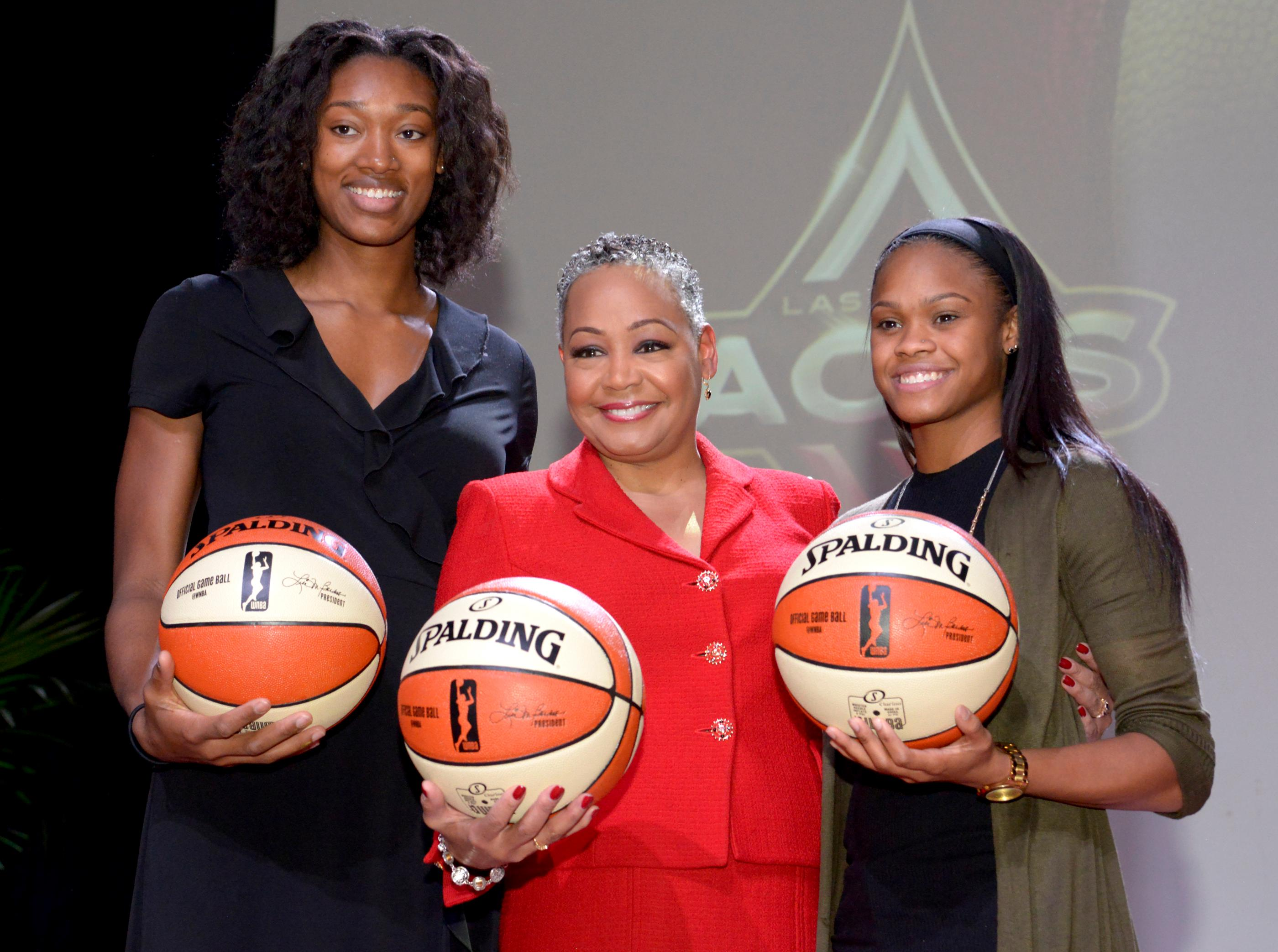 Lisa Borders (c) President of the WNBA poses with Kayla Janine Alexander and Moriah Jefferson, two of the first women drafted for the new team, at the press conference announcing the WNBA Las Vegas Aces as the newest professional sports franchise in Las Vegas at Mandalay Bay. Monday, December 11, 2017. CREDIT: Glenn Pinkerton/Las Vegas News Bureau