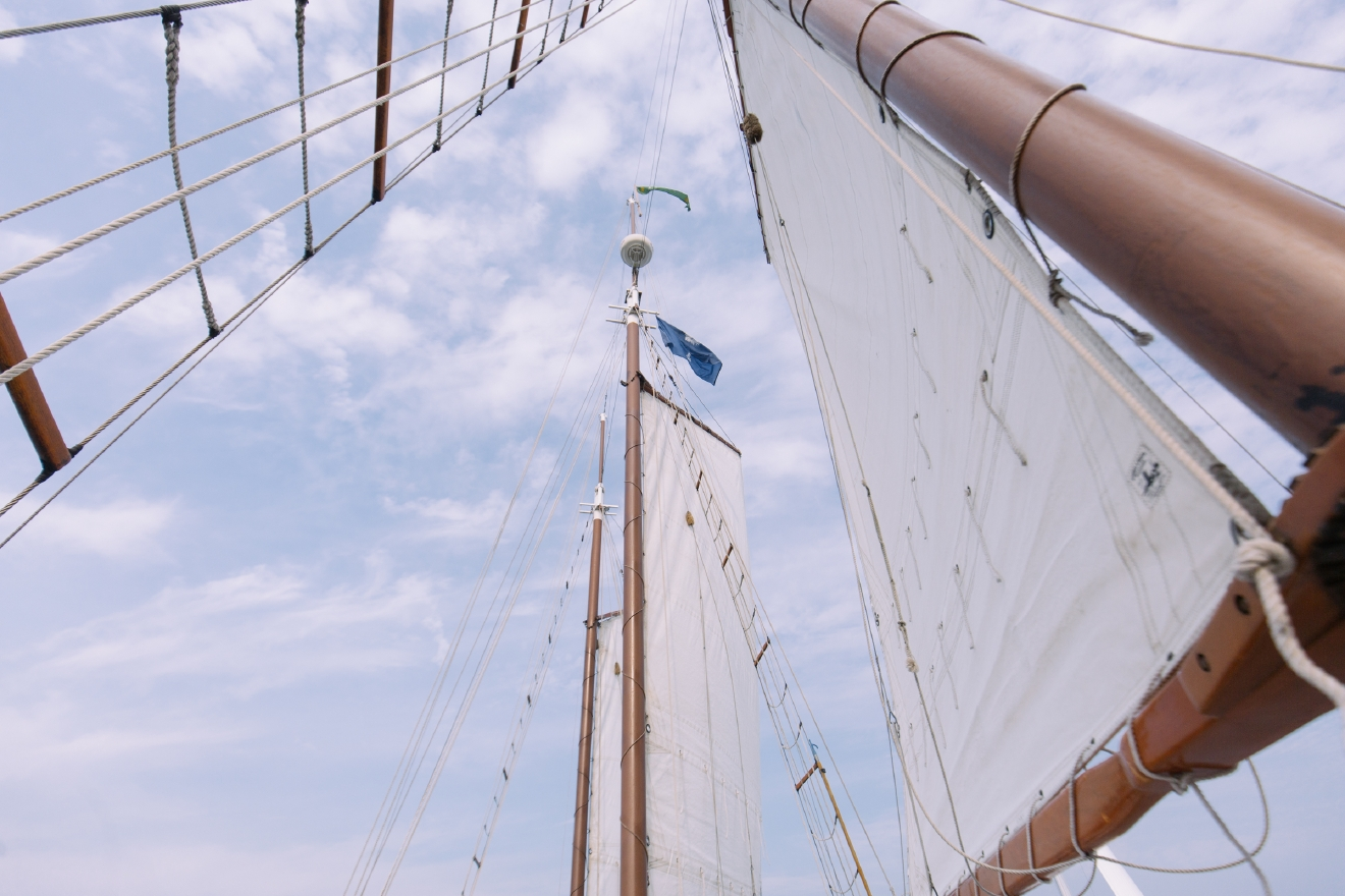 "Schooner Pride  ""Travel and Leisure"" named Charleston, SC as the Most Romantic City in the United States and after traveling there we'd have to agree. From romantic carriage rides to rooftop bars and beautiful Magnolia Plantation and Gardens we found our 5 Most Romantic Spots in the most Romantic City. (Image: Joshua Lewis / Seattle Refined)"
